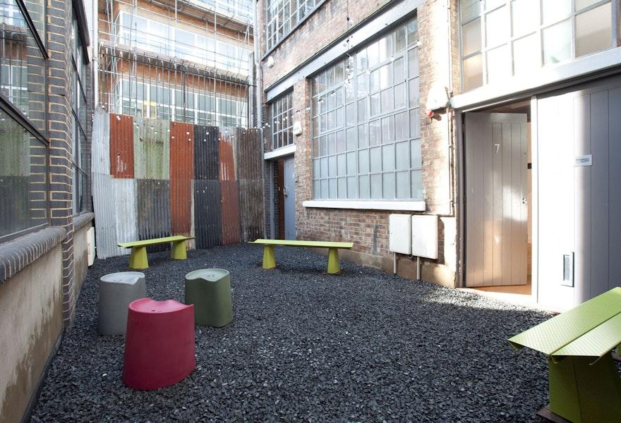 A BENCH Felix de Pass London Design Festival 01 c2018 Establishedand Sons c James Champion 72dpi
