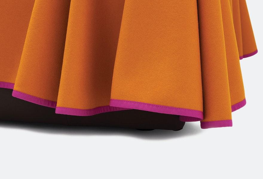 CAPE L2000 sofa 1841 Konstantin Grcic c2011 Establishedand Sons c Peter Guenzel Grey Background Detail 01 72dpi