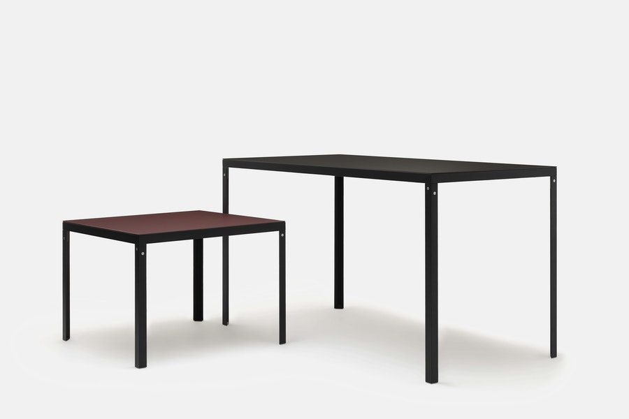 KD TABLE H740 H1100 6877 6894 Konstantin Grcic c2019 Establishedand Sons c Peter Guenzel Grey Background Group 01 72dpi