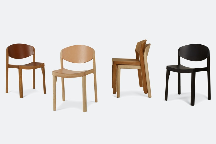 MAURO CHAIR Mauro Pasquinelli c2018 Establishedand Sons James Champion Grey Background Group 02 72dpi