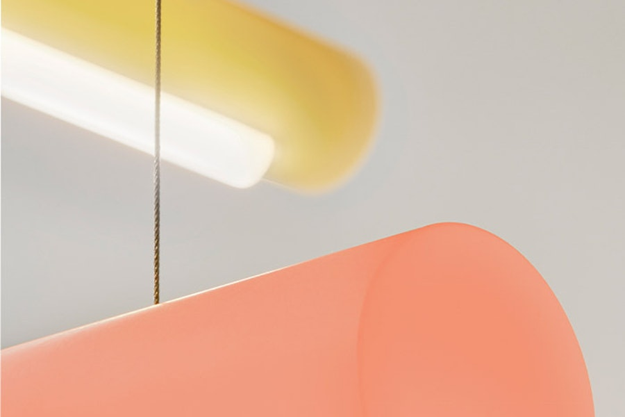 crop - AURA-LIGHT-Sabine-Marcelis-c2020-EstablishedandSons-cPimTop-Studio-Shoot-Detail-Lit-01-300dpi.jpg